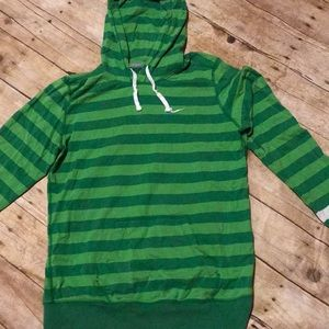 ADORABLE NIKE LS HOODED TOP Lg
